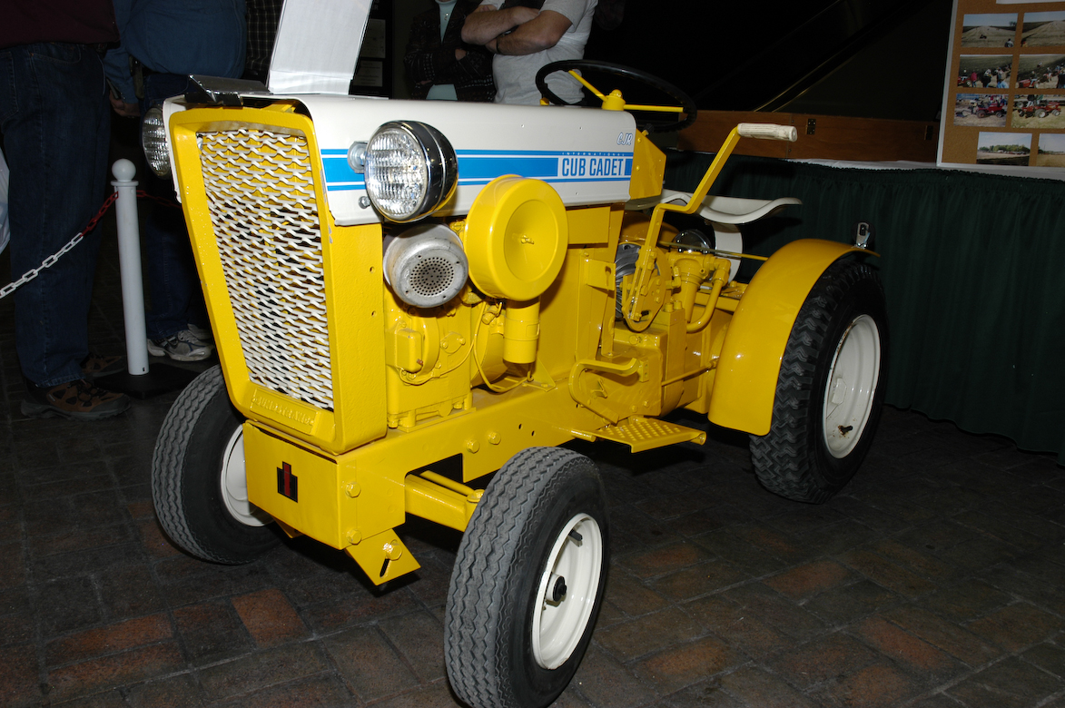 1958 Farmall Cub Tractor Parts Diagramon Lt Suzuki Atv Wiring Diagram