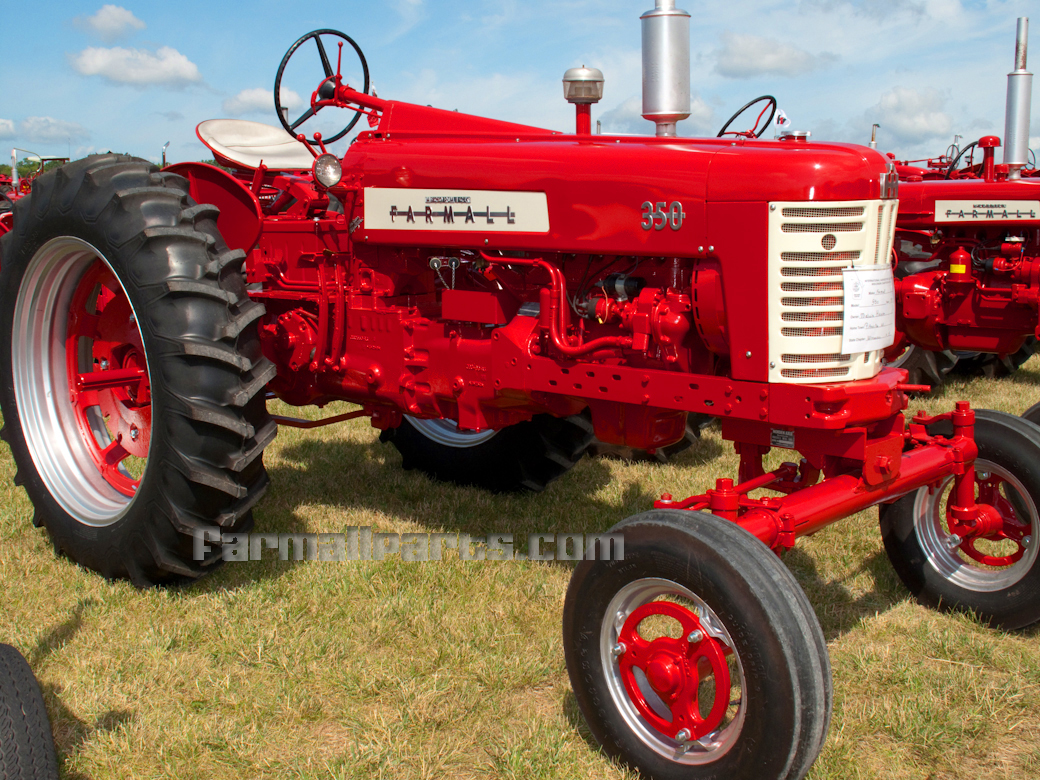 farmall h dating Skive