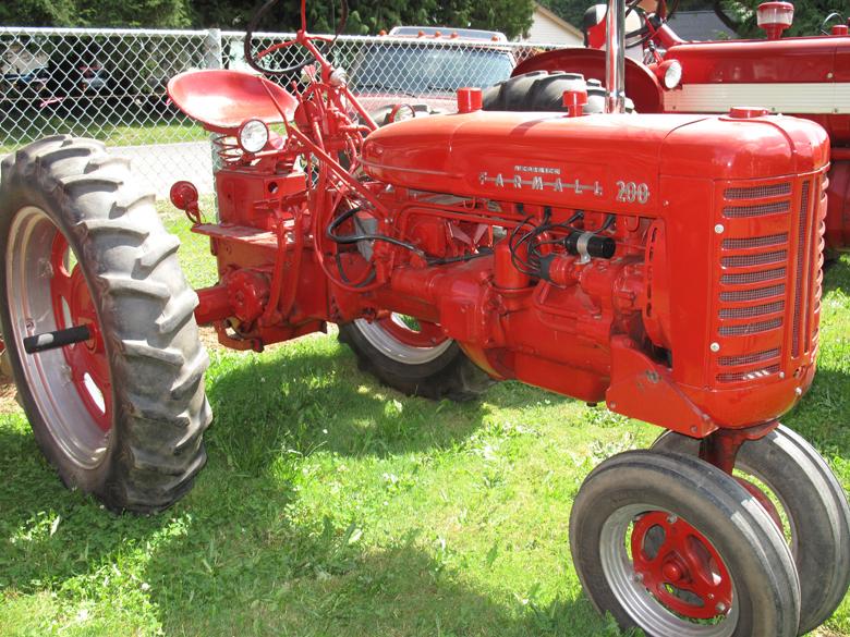International Tractor Fuel Tanks : Farmall parts international harvester tractor