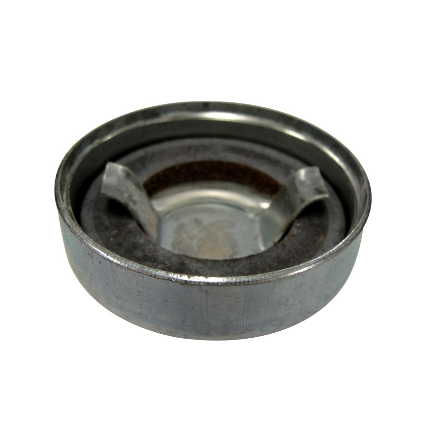International Harvester Cap Auxiliary fuel cap with gasket. ID: 1.75