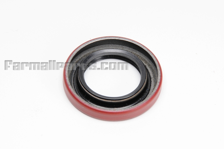 Steering Wheel Shaft Seal - Farmall A, Super A, 100, 130, 140.