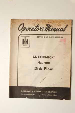 IH MANUAL-McCormick Farmall No.200 disk Plow