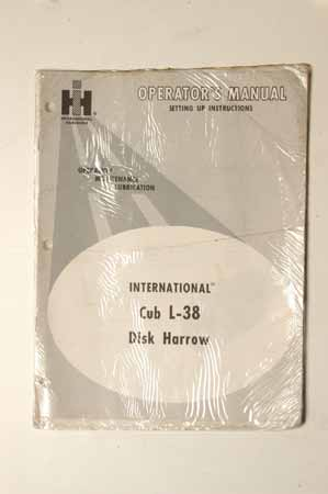Operators manual International Cub L-38 disk harrow
