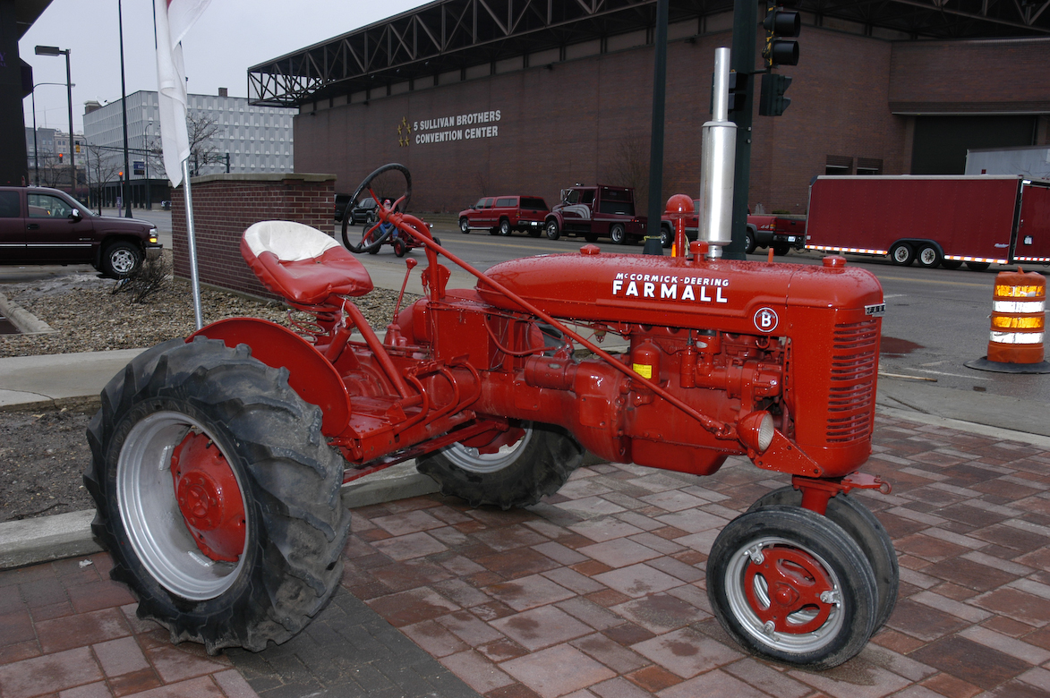 International Harvester Parts : Farmall parts international harvester tractor
