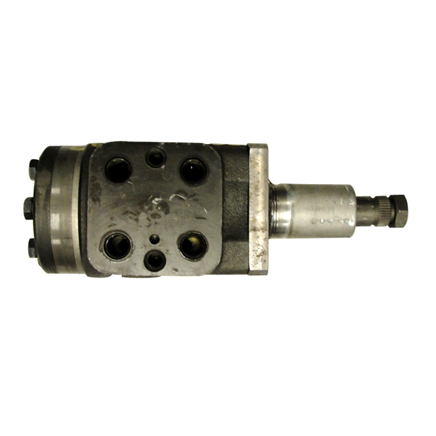 International Harvester Steering Motor Steering motor with splined and threaded shaft. The ports are approximately 45 degrees from the original equipment modification or the original steel lines.