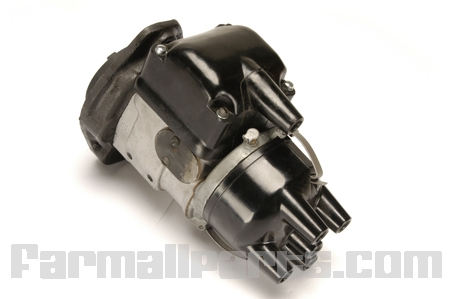 Magneto - H-4 (Remanufactured) Fits Farmall A, Super A, B, BN, C, H, M,  W4, W6 And Other Farmall And International Tractors And Equipment That Used The H4 Magneto.