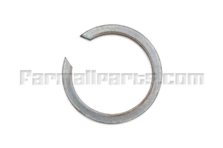 Snap Ring - 585