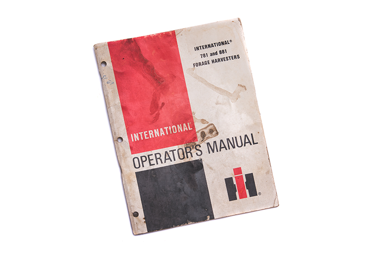 International 781 and 881 Forage Instructions Operators Manual