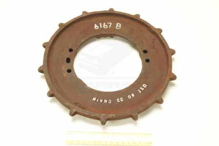 SPROCKET 6167b   NEW OLD STOCK