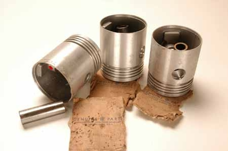 Pistons NEW OLD STOCK  61718P1_61718R11