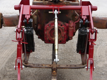 3 Point Hitch Adapter - Farmall M, 460, 560