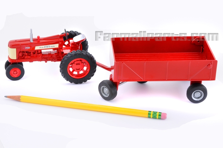 Die-cast Metal Farmall 350 Tractor with Wagon 1/32 scale model *One left*